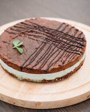 Raw Chocolate Mint Cake - prajitura ciocolata menta - Greenlicious Oradea