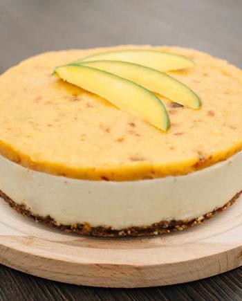Raw Mango Cake prajitura mango Greenlicious Oradea