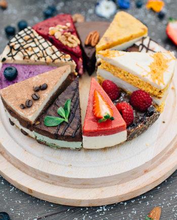 Raw Mixed Cake - prajitura raw vegan Greenlicious Oradea