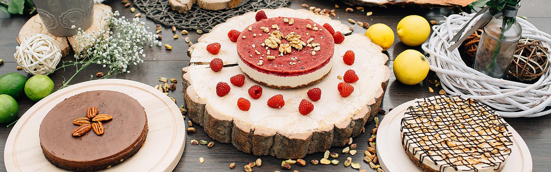 Raw Mixed Cake prajituri raw vegane Greenlicious Oradea.jpg