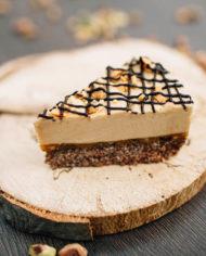 Raw Snickers Cake – prajitura snickers – Greenlicious Oradea (7)